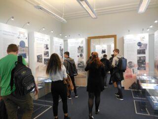 Exkurze do expozice ČNB, Lidé a peníze 2017